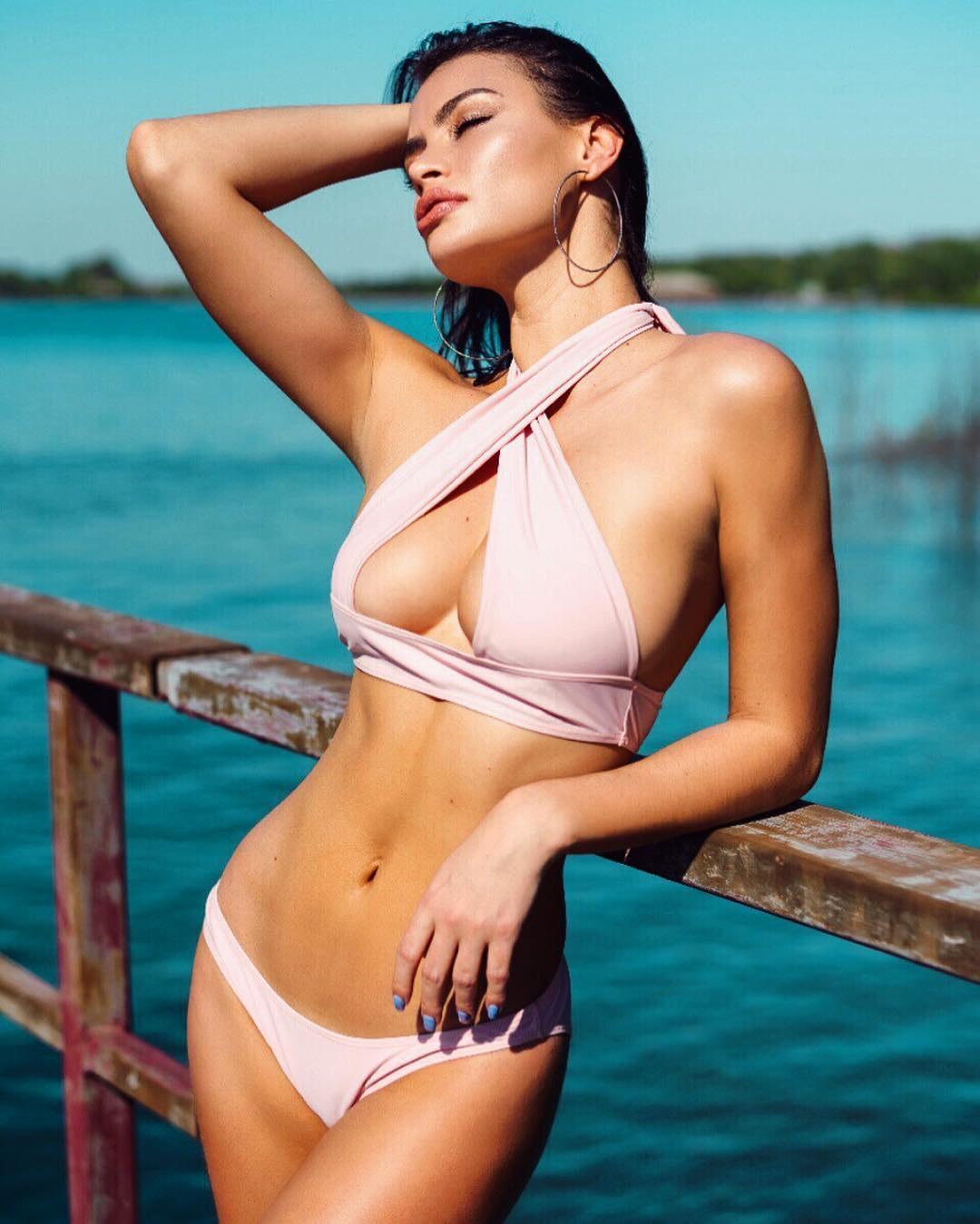 Model of Angelina