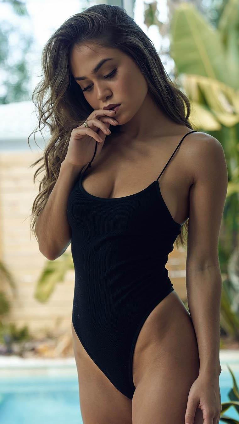 Model Kira