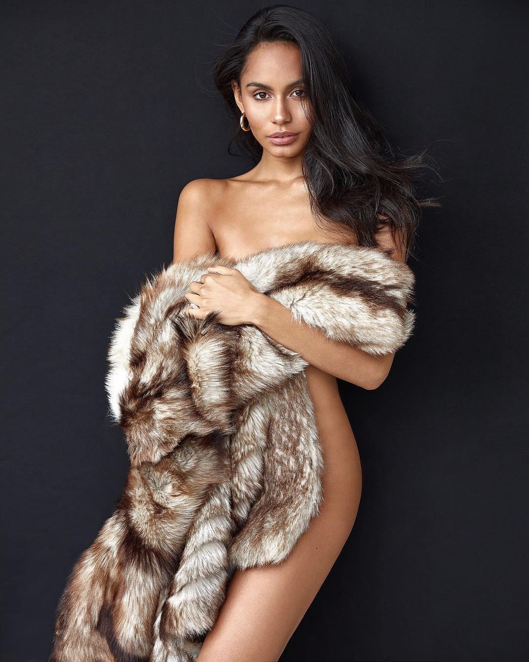 Model Rose