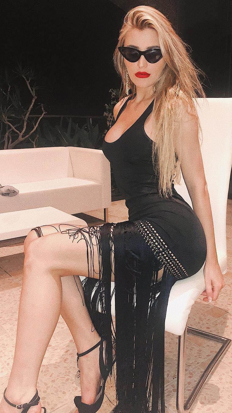 Model of Lina