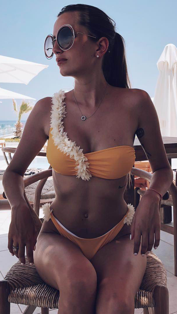 Model Helena