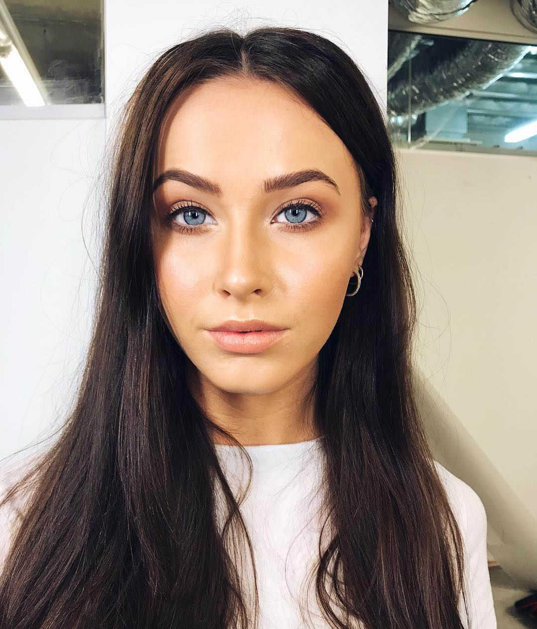 Model Claire