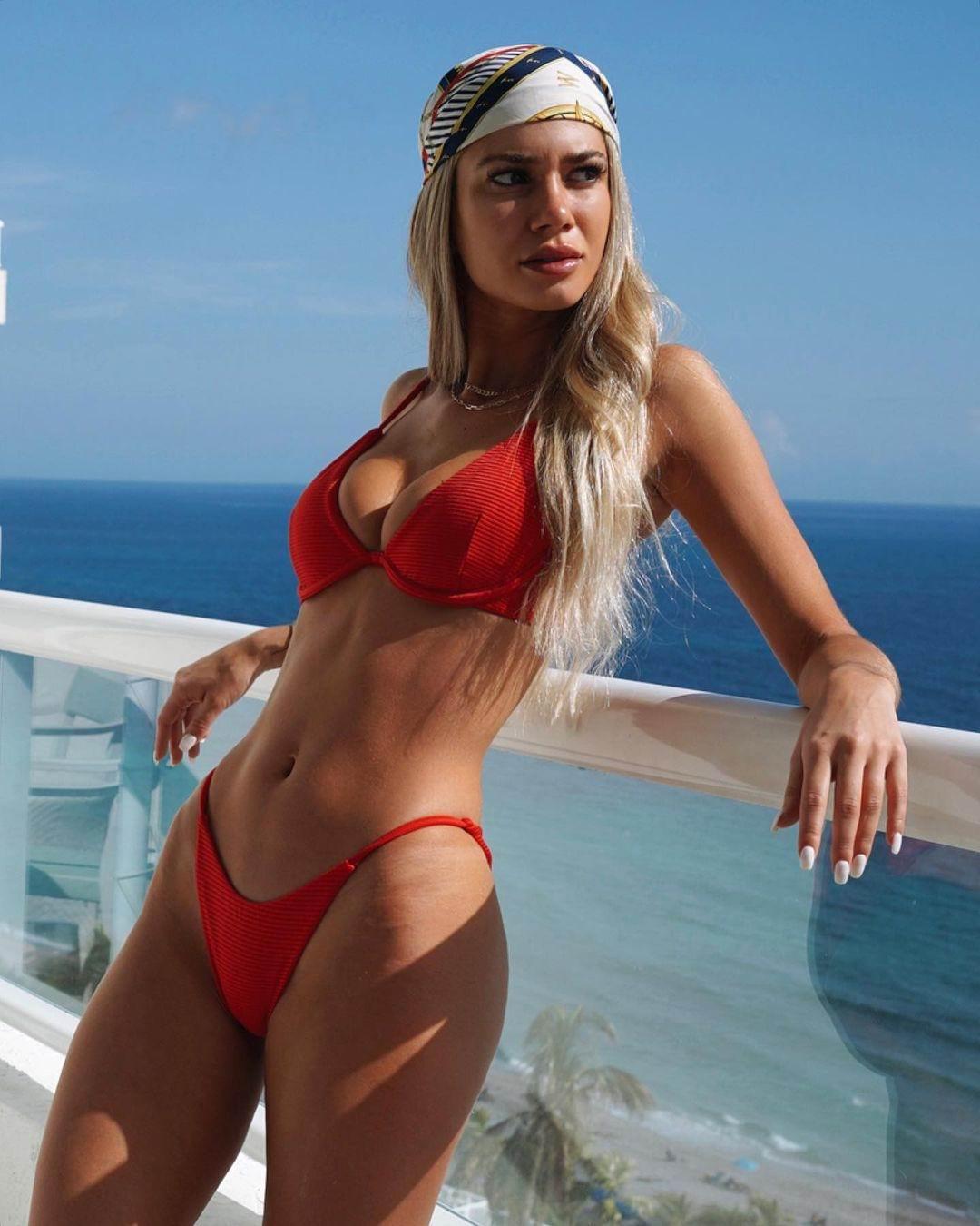 Model Ksenia