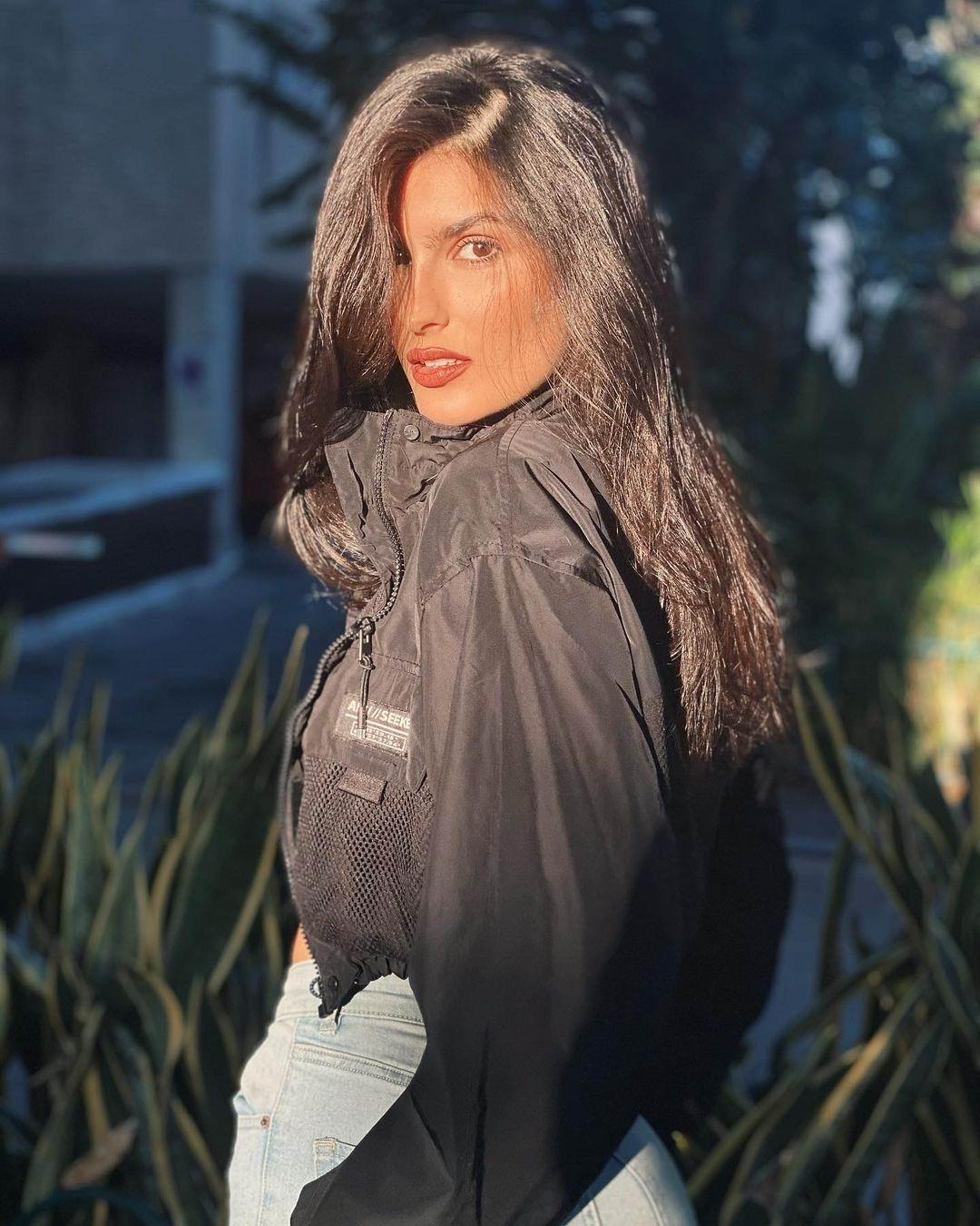 Model Barbara